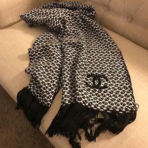 CHANEL classic black white scarf